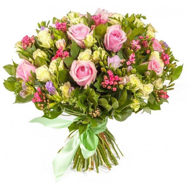 Букет из розовой фрезия и роза, недорогой букет невесты до руб